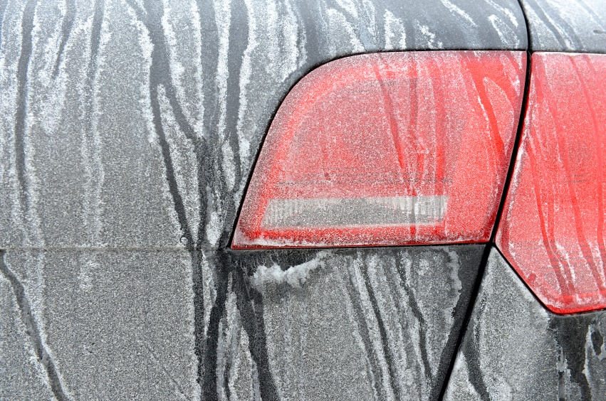 http://cdn2.hubspot.net/hubfs/560971/Road_Salt_Stain_on_Car.jpg